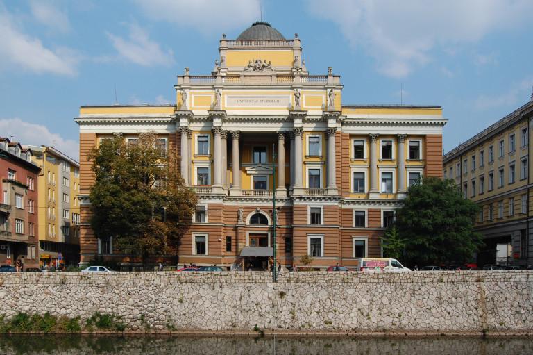 Sarajevo_University-of-Sarajevo_Obala_2011-09-28